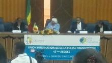 Youssou Ndour rend hommage à Seneweb, Leral et aux Blogueurs